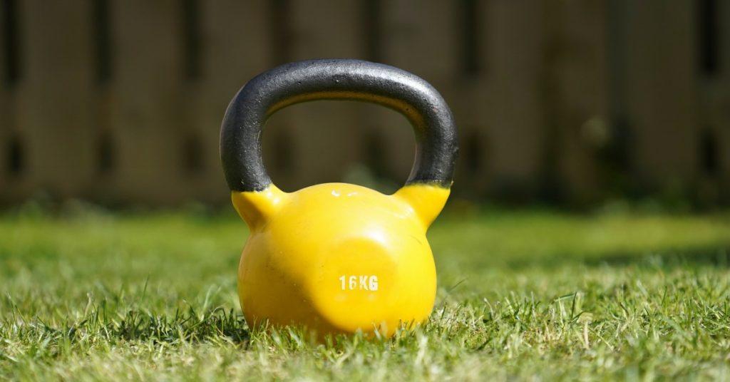 kettlebell per attività fisica di persona con double diabetes