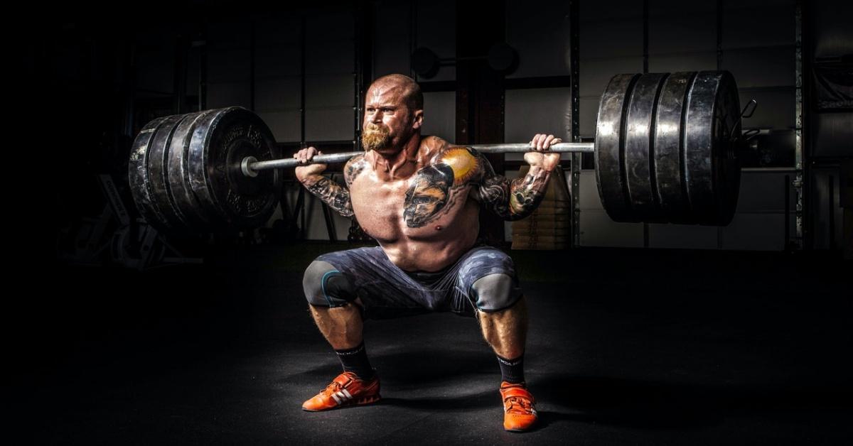 atleta pesistica olimpica