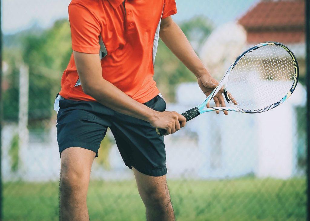 epicondilite laterale (o gomito del tennista)