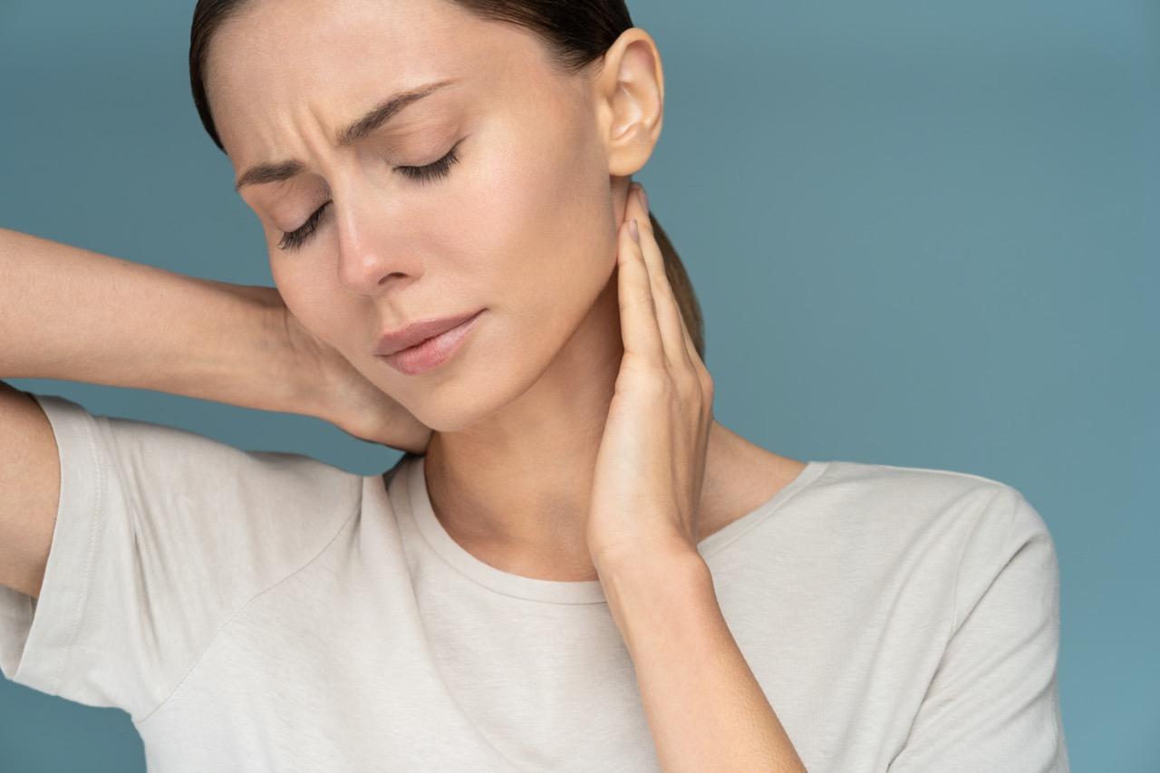 dolore al collo cause
