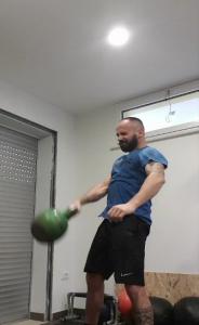 allenarsi a casa con kettlebell